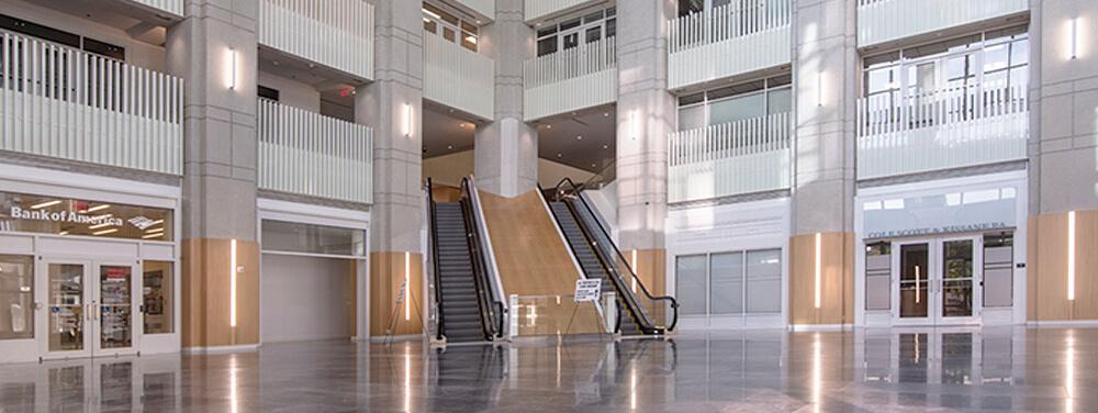 Post Esperante Corporate Center
