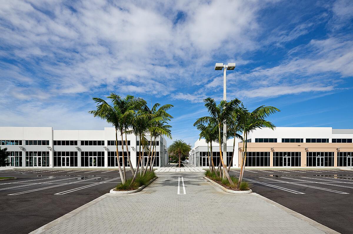 Gateway Park Plaza 1