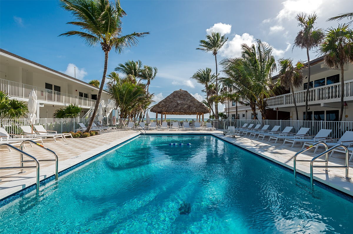 Beachcomber Resort & Villas 3