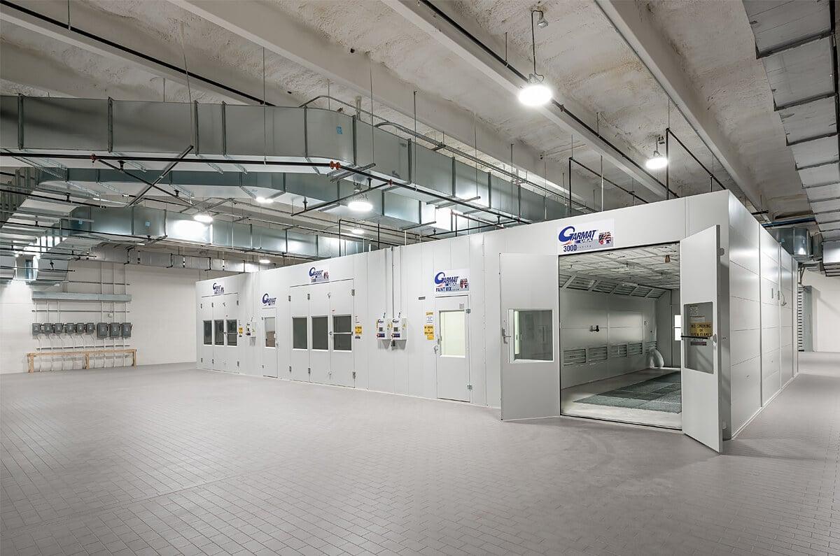 BMW Pines Collision Center & Garage Complex 4
